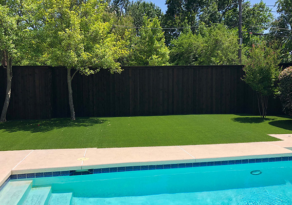 4 Ways to Enjoy Your Artificial Grass This Summer